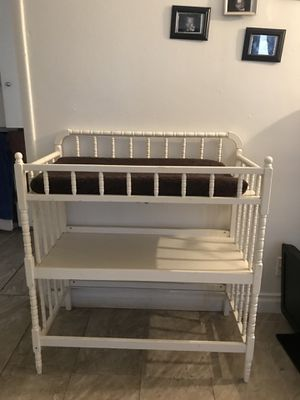 Baby changing table for Sale in South Gate, CA