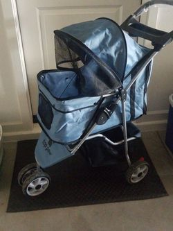 Top Paw Puppy Or Small Dog Stroller. for Sale in Glendale,  AZ