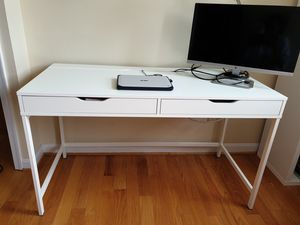 Desk that keeps messy cables out of sight for Sale in Washington, DC