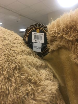 BEAND NEW 93 inch Jumbo Stuffed Bear (Brown) $225 for Sale in Chicago, IL
