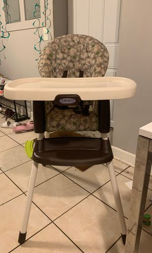Infant/ toddler graco highchair and booster seat combo for Sale in Chicago, IL