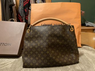 Brand new Large Louis Vuitton Artsy Handbag! for Sale in Cambridge,  MA
