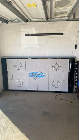 Ice Raptor Air hockey table for Sale in Orlando, FL