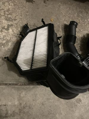 Genesis coupe stock air box for Sale in Elmhurst, IL