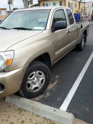 2005 toyota Tacoma for Sale in Lincoln Acres, CA