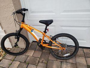 Boys kids Diamonback 16 in bike for Sale in Orlando, FL