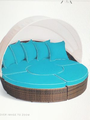 Frontgate round lounger and patio furniture for Sale in Weldon Spring, MO