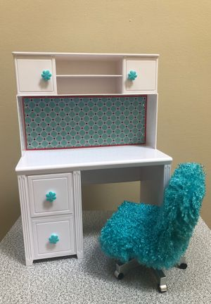 Doll desk with chair for Sale in Manassas, VA