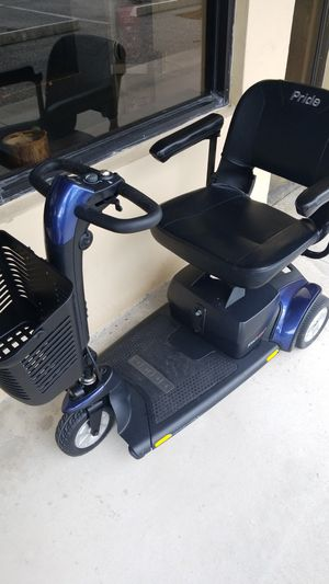 Pride travel scooter for Sale in Fort Pierce, FL