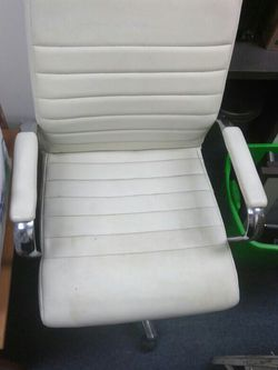 White Faux Chair Available Today for Sale in Monterey Park,  CA