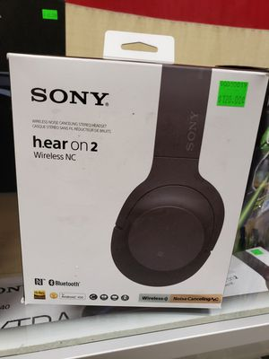 Sony noise Cancelling bluetooth headphones. These work amazing. Great sound and the noise Cancelling feature is incredible. $120 for Sale in Redlands, CA