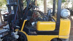 Mitsubishi Caterpillar Forklift for Sale in Saint Petersburg, FL