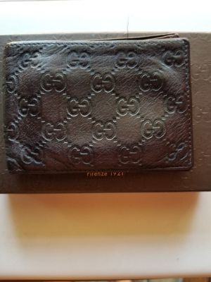 Mens Gucci brown wallet for Sale in Vacaville, CA