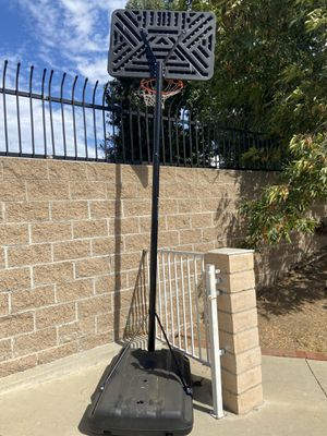 Basketball hoop. NEW for Sale in Azusa, CA
