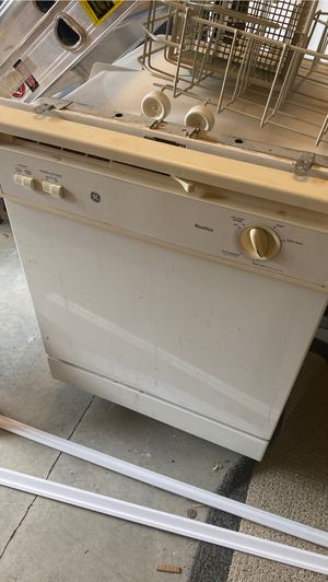 Dishwasher works fine. Just upgraded mine for Sale in Raleigh, NC