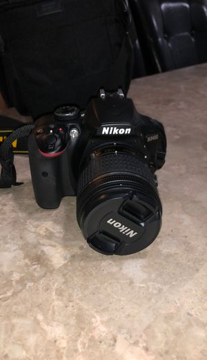 Used Nikon D3400 w 18-55m lense for Sale in Chicago, IL