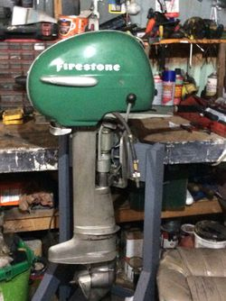 Vintage 1953 5 horse Firestone Outboard motor (made by Scott-Atwater) for Sale in Balch Springs,  TX