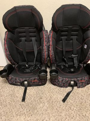 2 CAR SEAT 45 EACH for Sale in Houston, TX