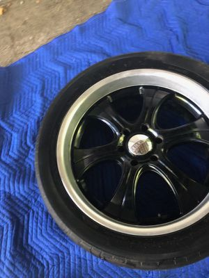 """22"""" Inch rims Black for Sale in Affton, MO"""