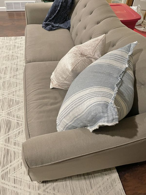 Clean Couch Loveseat grey grey