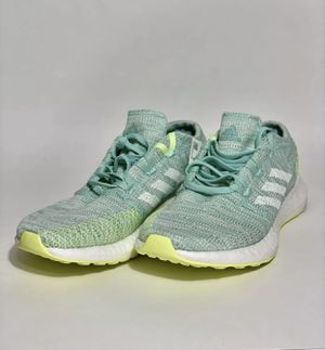 Adidas Balance Women 's Trail Buster Size 6 for Sale in Baytown, TX