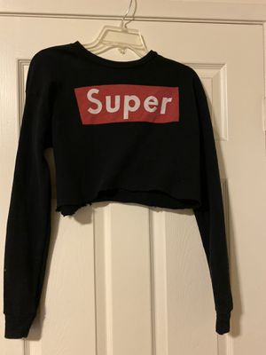 Women's crop sweater size medium for Sale in South El Monte, CA