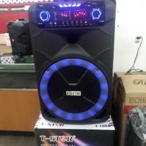 Brand New 15 In 9000 Watt Speaker Has Bluetooth Fm Am Great Sound Base Very Very Loud And Only For 200 Bucks Brand New Speaker In The Box for Sale in Phoenix, AZ