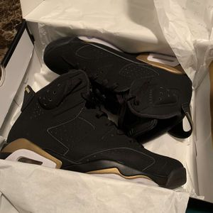 Air jordan 6 retro Defining Moments 2020 Size 8.5 for Sale in Thornton, CO