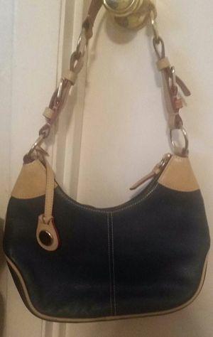 Dooney & Bourke Hobo Style Handbag for Sale in Nashville, TN
