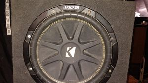 12 inch kicker {url removed} the box.with a 1200 watt formula _ x all pieces in very good condition for Sale in Hazard, CA