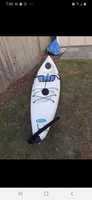 Hobie mirage 12.5 foot pedal kayak for Sale in Cumberland, RI