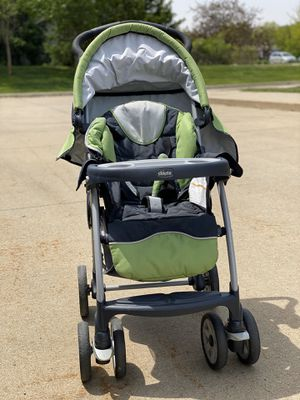 Chicco Keyfit 30 Travel System (Infant car seat, stroller & base) for Sale in Urbandale, IA
