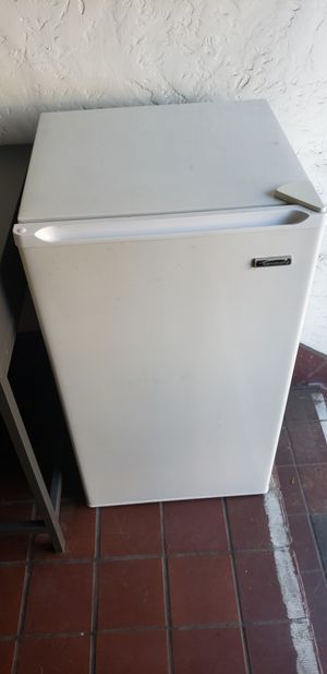 Kenmore Mini Fridge for Sale in San Diego, CA