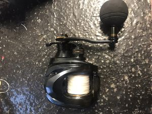 Bait caster fishing reel for Sale in Cypress, CA