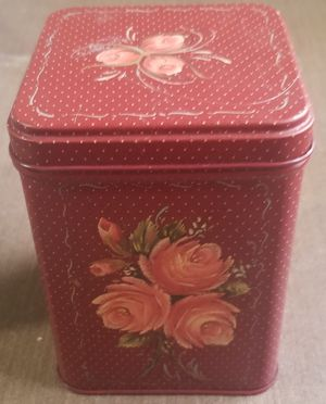Supreme candy red shabby chic flower tin for Sale in Three Rivers, MI