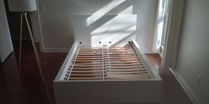 Full size bed frame and mirror for Sale in Nashville, TN