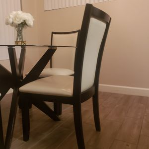 Dining table set with all 4 chairs for Sale in Phoenix, AZ