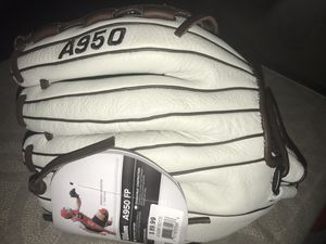 Wilson A950 Fast pitch 12.5'' glove **BRAND NEW** for Sale in Hillsboro, OR