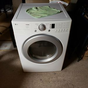 LG Dryer for Sale in Bloomington, IL