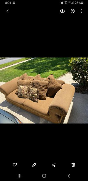 Nice brown couch for Sale in Aloma, FL