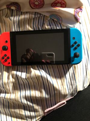 Nintendo Switch ( Brand new had it for 1 month ) for Sale in Elk Grove Village, IL