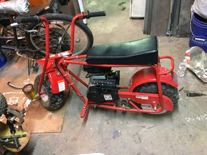 Very good condition doodle bug mini bike for Sale in Haysville, KS