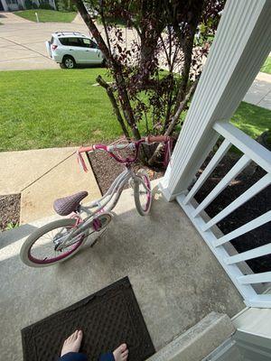 Schwinn 18 inch child's bike for Sale in O'Fallon, MO