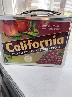 Lunch aluminum box $20 for Sale in Fresno, CA