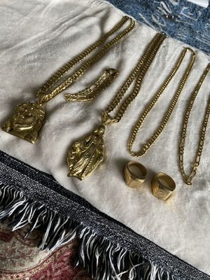 18k Gold plated accessories for Sale in Temecula, CA