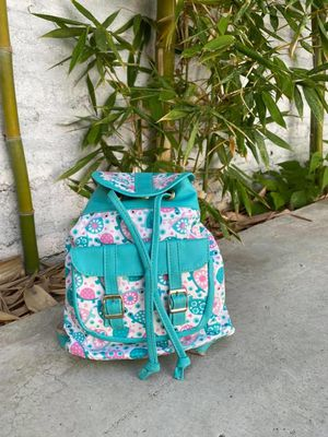 Girls backpack for Sale in Arlington, TX