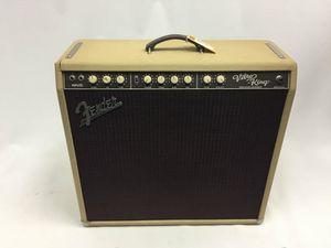 Fender VIBRO KING guitar amp w/ road shipping case for Sale in Warren, MI