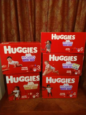 Huggies ❤️👶🌻🐻 for Sale in Houston, TX