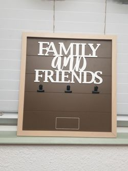 Family and Friends Wood Pallet 3 Clip Photo Wall Art for Sale in Modesto,  CA