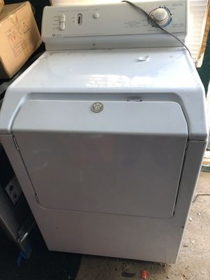Maytag and Frigidaire washer and dryer for Sale in Broadview, IL